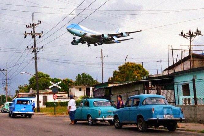 obama_Cuba_granma_habana_avion